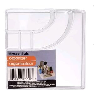 Essentials Makeup - Clear Acrylic Cosmetic Organizer